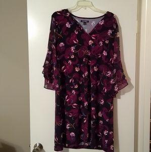 Roz &Ali Knee Length Dress